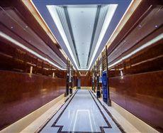 重庆总部城电梯前厅及走廊图