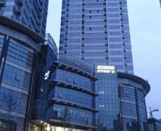 苏宁电器广场