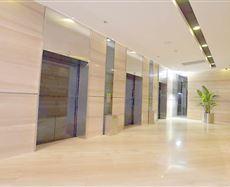 银石广场电梯前厅及走廊图