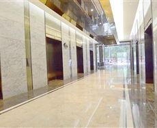 环球广场电梯前厅及走廊图