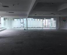 嘉年华大厦位于江北区观音桥建新北路