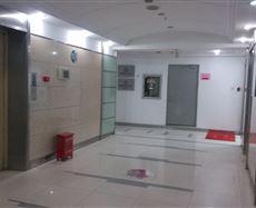 珠江路地铁口